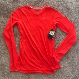 NEW WITH TAGS NIKE RUNNING TOP